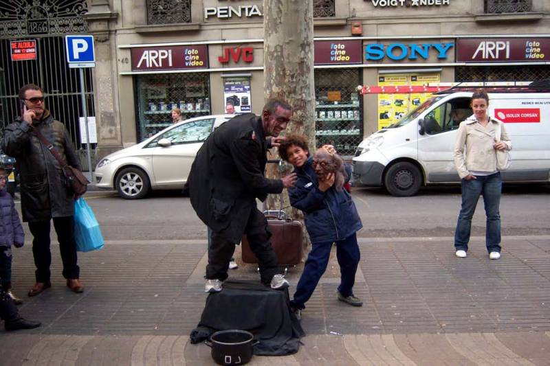 Barcellona_14_2008_Pagina_4_Immagine_0001